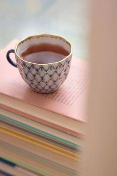 January tea & books… (via pinterest)