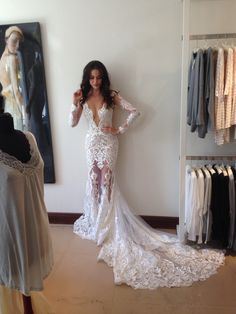 Beautiful BERTA bride-to-be from our Miami trunk show ❤️