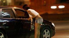 Blitz sull'Appia, beccati con le prostitute nelle auto: molti insospettabili tra i clienti a cura di Enzo Santoro - http://www.vivicasagiove.it/notizie/blitz-sullappia-beccati-con-le-prostitute-nelle-auto-molti-insospettabili-tra-i-clienti/