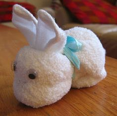 Jolanda's Crea-Blogg: Konijntje maken . . . . Handdoek-vouwen
