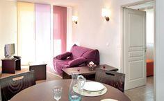 Park&Suites Village Toulon Six-Fours*** - Séjour appartement 2 pièces  #toulon #hotel #apparthotel #village #sejour http://www.parkandsuites.com/fr/apparthotel-six-fours-toulon