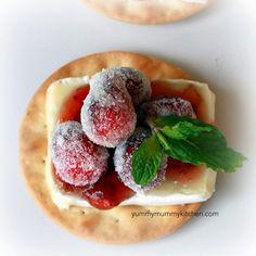 Yummy Mummy Kitchen: Sparkling Cranberry Brie Bites