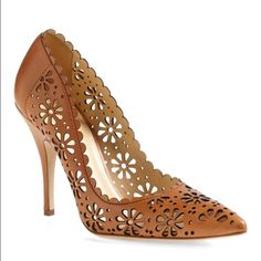 Kate Spade Lana Pump Excellent condition, only tiny scratches on the toes as pictured kate spade Shoes Heels