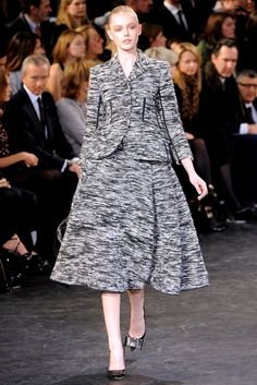 Louis Vuitton Fall 2010 Ready-to-Wear Fashion Show - Frida Gustavsson (IMG)