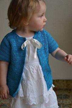 Free Crochet Pattern - Pearls and Diamonds pattern by Julia Vaconsin - baby cardigan