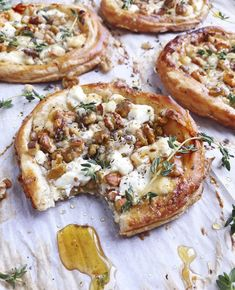 Goat Cheese and Walnut Tarts. - DomestikatedLife Goat Cheese and Walnut Tarts. - DomestikatedLife - Goat Cheese and Walnut Tarts. - DomestikatedLife Goat Cheese and Walnut Tarts. Vegetarian Recipes, Cooking Recipes, Healthy Recipes, Pie Recipes, Cupcake Recipes, Fancy Recipes, Thyme Recipes, Vegetarian Pizza, Healthy Pizza