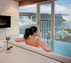 Amazing view of Niagara Falls from the Luxury Hotel Spa