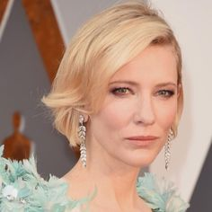 2016 Oscars Best Hairstyle and Makeup on the Red Carpet - Zntent.com | Celebrity Photo, Video &... http://zntent.com/2016-oscars-best-hairstyle-and-makeup-on-the-red-carpet/