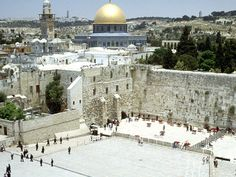 Google Image Result for http://globalfaithinaction.org/wp-content/uploads/2010/07/Western-Wall-And-Omar-Mosque-Jerusalem-Israel-1-1600x1200.jpg