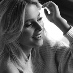 La risa es un sentimiento llamado felicidad y se encuentra en cada esquina. #Rie siempre #The Geek Girl.