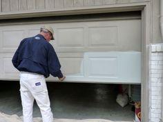 Garage door re-paint, the easy way. Tutorial here: diyhomestagingtip. Garage door re-paint, the ea Garage Door Colors, Garage Door Paint, Garage Door Makeover, Garage Door Design, Garage Door Repair, Garage Door Opener, Diy Garage, Garage Storage, Garage Ideas