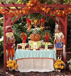 If your little one has a fall birthday, a Little Pumpkin Fall Harvest Birthday Party is a perfect way of connecting your celebration with the season! Harvest Birthday Party, Fall Harvest Party, Pumpkin Birthday Parties, Thanksgiving Parties, Fall Party Themes, Halloween Party Themes, Birthday Party Themes, Party Ideas, Birthday Ideas