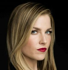pinner: George Pin Informations About Model: Ali Larter; pinner: George Pin Pin You can easily use my Blonde Actresses, Female Actresses, Blue Red Lipstick, Red Lipsticks, Hollywood Celebrities, Hollywood Actresses, Ali Larter, Blonde Hair Blue Eyes, Kristin Kreuk