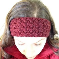Ripple Shell Ear Warmer pattern by Cathryn Sheeran
