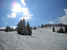 Wie bereits mehrfach erwähnt, gilt Österreich als Wintersportparadies. In mehreren Regionen kann auf Gletschern ganzjährig Schi- und Snowboard gefahren werd Portland, Snowboard, Winter, Mountains, Nature, Travel, Outdoor, Paradise, Outdoors