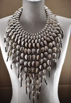 Collier Royal Cowrie