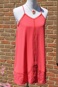 Sleeveless Shift Dress with Lace Detail - Tomato Red