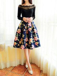 Audrey Hepburn Style Retro Red Flowers Printed Pleated Bust Skirt