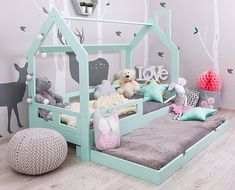 Lit cabane tiroir, avec lit supplémentaire, vert menthe Материнство Kangaroo baby pocket Hoodie с млад. Baby Bedroom, Baby Room Decor, Girls Bedroom, Bedroom Decor, Girl Nursery, Bedding Decor, Unique Bedding, Pull Out Bed, Toddler Rooms
