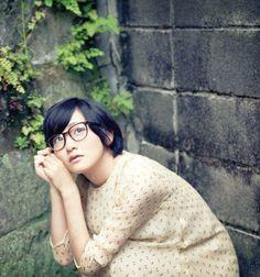 生駒里奈     (via http://24.media.tumblr.com/tumblr_mck2pzeqpl1rhwq4jo2_1280.jpg )