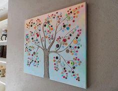 albero fatto con bottoni