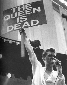 Life is very long, when you're lonely.   (The Queen Is Dead — The Smiths)