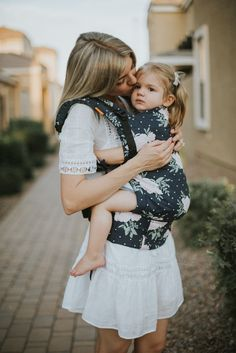 Larissa of Living in Color blog shares a detailed review of Baby Tula's new product, the Free to Grow baby carrier; used from infancy to toddlerhood.