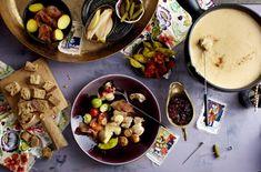 Unser beliebtes Rezept für Käsefondue mit allem Drum und Dran und mehr als 55.000 weitere kostenlose Rezepte auf LECKER.de.