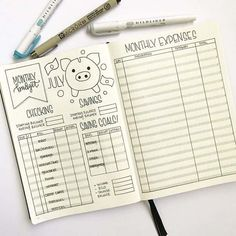 A bullet journal budget tracker can be used to track monthly expenses. Get inspiration from this collection of bullet journal budget trackers. You will learn to track your expenses and savings habits and get to be creative at the same time! Bullet Journal Tracker, Bullet Journal Inspo, Bullet Journal Budget, Bullet Journal Simple, Bullet Journal Page, Bullet Journal Notebook, Bullet Journal Spread, Journal Pages, Bullet Journals