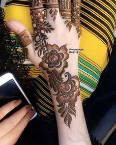 Henna Design By Fatima Henna Hand Designs, Dulhan Mehndi Designs, Mehndi Designs Finger, Modern Henna Designs, Khafif Mehndi Design, Latest Henna Designs, Floral Henna Designs, Mehndi Designs Book, Mehndi Designs For Beginners