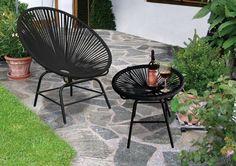 """Tisch mit Glasplatte mit Stuhl: Bequemer Design """"Sessel"""" mit Schnur Bespannung . Eigentlich ist es schon fast mehr als ein Stuhl, man fühlt sich gleich sowohl wie in einem Sessel wenn mach sich auf ihn setzt. Ideal für gemütliche Stunden zu Hause oder zum Ferien Feeling im eigenen zu Hause auf einem bequemen Gartensessel zu erleben.  Auch in weitern Farben (Weiss, Grün oder Schwarz) erhältlich. #bistrotisch #gartensessel #spaghettistuhl #acapulcochair #acapulcostuhl #kochshop #kochshopch Outdoor Lounge, Outdoor Living, Outdoor Decor, Patio, Design, Home Decor, Acapulco, Holiday Tables, Lawn And Garden"""