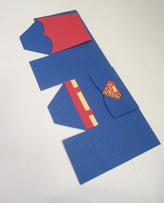 10 Superman Favor Boxes by ThePaperCard on Etsy, $15.00