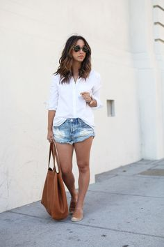 The White Button-Down + Options at Every Price Don't understand the shorts, but overall concept Bbq Outfits, Summer Fashion Outfits, Curvy Outfits, Mode Outfits, Spring Summer Fashion, Bbq Outfit Ideas Casual, Bbq Outfit Ideas Summer, Spring Style, Young Mom Outfits