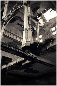 KASTEEL VAN MESEN   THE CASTLE ANNO, Abandoned