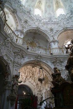 Architecture Baroque, Art Et Architecture, Beautiful Architecture, Beautiful Buildings, Beautiful Places, Architecture Details, Classical Architecture, Cathedral Architecture, Renaissance Architecture