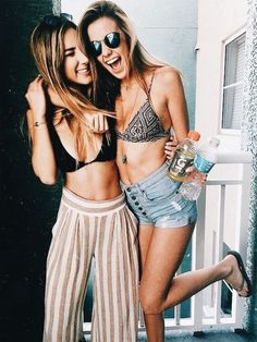 Bff looks 💗 Go Best Friend, Best Friend Goals, Best Friends Forever, Surfergirl Style, Summer Outfits, Cute Outfits, Fotos Goals, Gal Pal, Bffs
