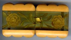 VINTAGE REVERSE CARVED APPLEJUICE BUTTERSCOTCH BAKELITE FLOWERS BELT BUCKLE New Hair Colors, Belt Buckles, Vintage Antiques, Antique Jewelry, Jewelry Watches, Carving, Crystals, Flowers, Assemblages