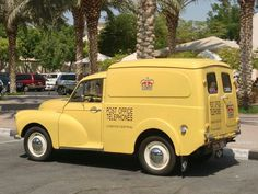 John Campbell, Flower Truck, Van Car, Old Commercials, Morris Minor, Vintage Vans, Small Cars, Commercial Vehicle, Fiat 500