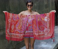DIY kimono .... so buying a scarf in India to do this with!