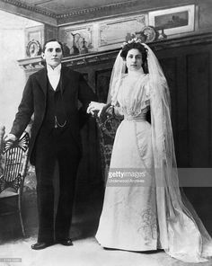 A portrait of a newlywed bride and groom late 1890s or early 1900s News Photo | Getty Images