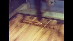 FLYERALARM Menu Design - Speisekarten mit  Lasergravur Hardwood Floors, Flooring, Menu Design, Menu Cards, Laser Engraving, Wood Floor Tiles, Wood Flooring, Floor