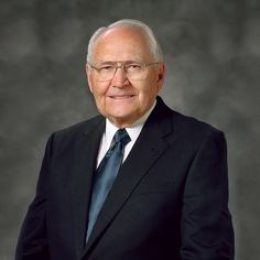 Elder L. Tom Perry of the Quorum of the Twelve Apostles of The Church of Jesus Christ of Latter-day Saints died Saturday at 3:00 p.m. at his home. He was 92 years old. #ElderPerry