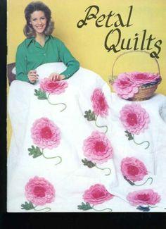Petal Quilts 1970's Applique Quilting Pattern Booklet