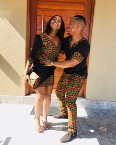 "Regomoditswe Isis Swarahle on Instagram: ""Love & Joy 😍 #CelebratingLove♥️ #WeddingVibes💍 #RayWedsTumi🤵🏽👰🏽 #AMWedding 🤵🏽👰🏽 #LookingLikeWeFromWakanda🙅🏽‍♂️🙅🏽‍♀️ #Africanprint…"" Short African Dresses, Latest African Fashion Dresses, African Print Fashion, Africa Fashion, Couples African Outfits, African Attire, African Wear Designs, African Swimwear, Moda Afro"