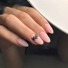 Semi-permanent varnish, false nails, patches: which manicure to choose? - My Nails Oval Nails, Matte Nails, Pink Nails, Acrylic Nails, Nude Nails, Coffin Nails, Acrylics, Nail Art Designs, Nail Designs Spring