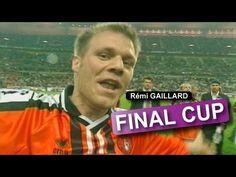 Fransız komedyen. Özellikle, 2002 Fransa Kupası Finali'nde şampiyon olan Lorient takımının futbolcularının arasına karışarak Fransız medyasının ilgisini çekmiştir. Aynı gün, dönemin Fransız cumhurbaşkanı Jacques Chirac tarafından da futbolcu sanılarak tebrik edilmiştir