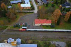 Isokyrö Tervajoen Rautatieasema ja juna.