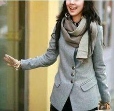 Abrigo botones en gris,  ideal para los días fríos por sólo $89.900 y te llevas el 50% de descuento en la segunda prenda ♥ www.ilovetrendy.co