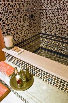Moroccan Zellij tiled bathtub.  #Moroccan #Bath #Zellij.