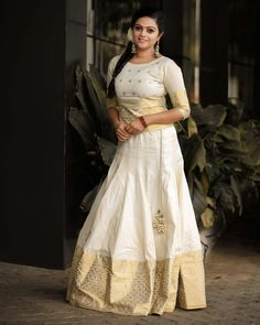 Trendy and Fashionable Long Skirt And Top Designs With Images - Indian Fashion Ideas Kerala Saree Blouse Designs, Half Saree Designs, Lehenga Designs, Long Skirt Top Designs, Long Skirt And Top, Half Saree Lehenga, Lehnga Dress, Saree Gown, Frock Dress